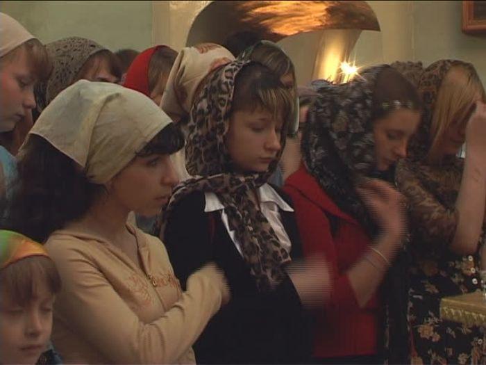 ДТВ\u002DРапид: Православные чтят Святую Троицу