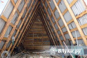 Продам ангар на берегу озера Асцо, Новосокольнического района, под катер и…