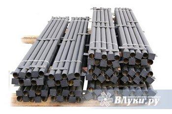 Продаем столбы металлические с крючками под сетку, и планками под…