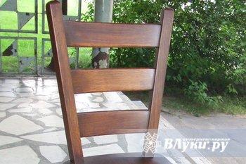 Продаются стулья,дуб,массив (пр-во Голландия),3 шт.