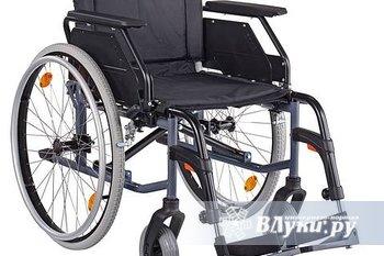 Продам  инвалидную коляску. 4000-00