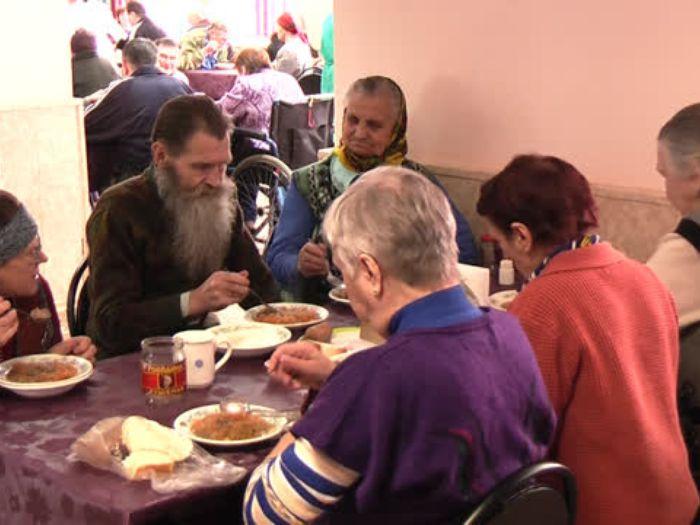 ВЛуки.ру: Дом\u002Dинтернат для престарелых отмечает 30\u002Dлетие