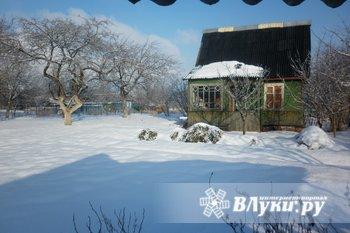 Продам дачу в районе Дубрава. Имеется летний домик, баня, теплицы, сарай,…