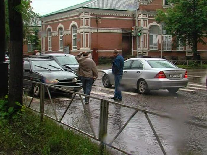 Импульс\u002DТВ: Авария на перекрёстке улиц Ботвина и Некрасова