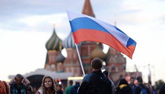 «Теневая экономика» прижилась: практически две трети граждан РФ вовлечены внеформальные процессы
