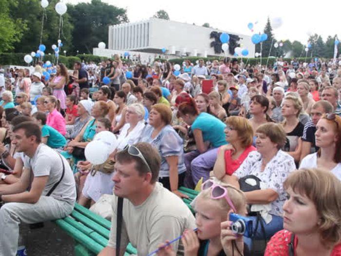 ВЛуки.ру: Открытие 18\u002Dй Международной встречи воздухоплавателей в Великих Луках