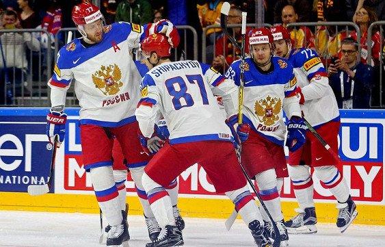 Капитан сборной РФ похоккею получил травму наматче сГерманией