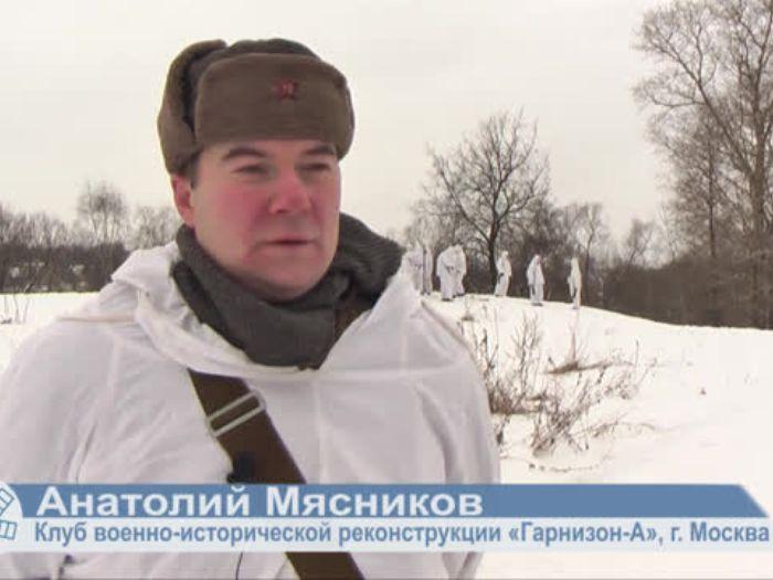 ВЛуки.ру: Московские реконструкторы показали битву за Великие Луки