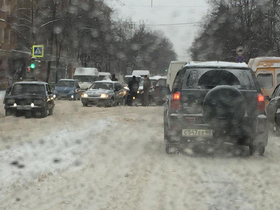 Снежногорск улица Октябрьская, 1 на карте: дом