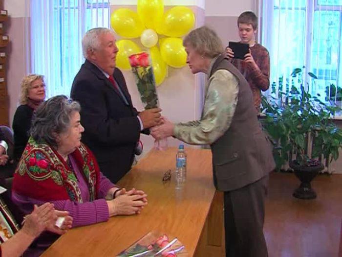 Импульс ТВ: Презентация личных фондов в Великолукском государственном архиве.