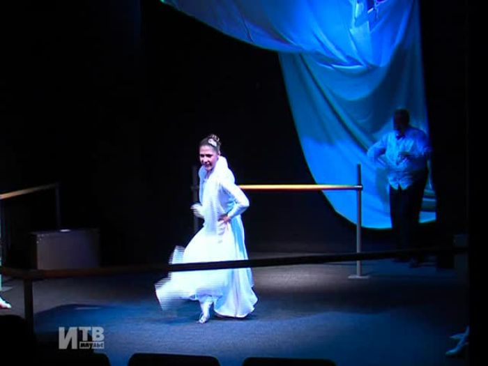 Импульс\u002DТВ: Спектакль Драмтеатра побывал в Санкт\u002DПетербурге и Москве