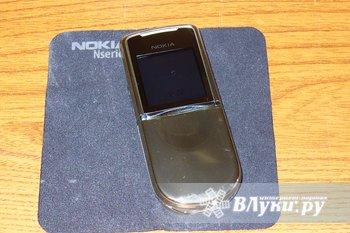 Телефон в идеальном состоянии. Использовался как второй телефон. Носился только в чехле.  Комплект: стакан (кредл), 2 АКБ, моно гарнитура, зарядное устройство, чехол,…
