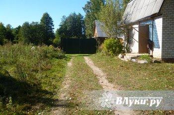 Продаётся дача на берегу озера Бельковское, 2-х этажный дом площадью 84,5 кв.м,…