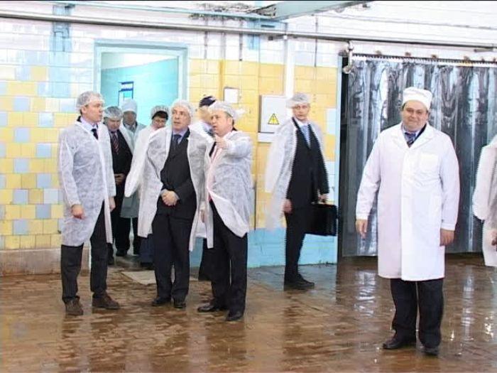 ДТВ\u002DРапид: Илья Клебанов посетил Великолукский молочный комбинат