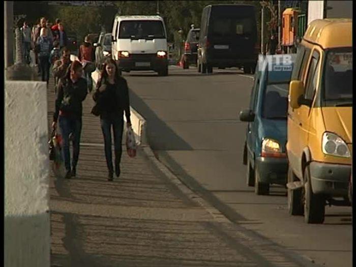 Импульс\u002DТВ: Ремонт тротуаров на мосту