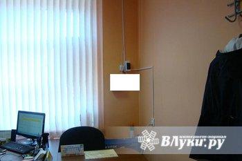 Сдается офисное помещение 8 кв.м. со в/у. Оплата 5000 с коммунальными платежами.