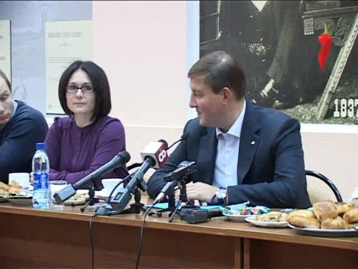 Перец\u002DРапид: Встреча без галстуков в губернатором