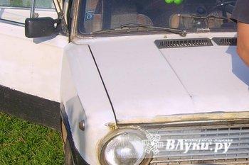 Автомобиль ВАЗ 21013 1986 года выпуска..в хорошем состоянии,бензин.Объем двигателя 1.3,люк.  рег экспорт из германии,цвет бежевый.