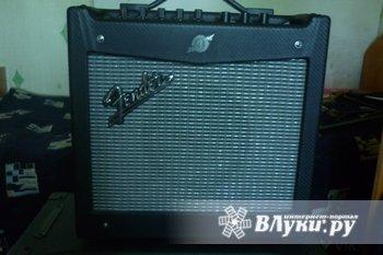 Продам комбик для электрогитары Fender Mustang 1 состояние идеальное,как…