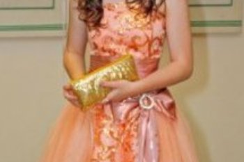 Выпускное платье, состояние идеальное, одевалось один раз, 3000р.