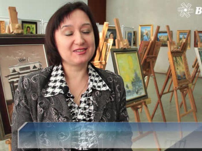 ВЛуки.ру: В Великих Луках открылась персональная выставка Никаса Сафронова