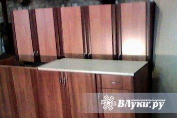 Продается кухонный гарнитур, новый (некондиция), L 2,0 м, недорого. Торг. Цвет…