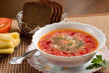 Студенческий омбудсмен предлагает увеличить время обеда в вузах до двух часов