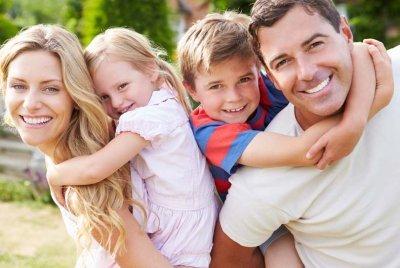 Ученые определили, как можно сделать жизнерадостную семью