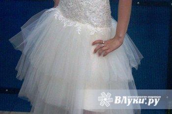 Продам платье, одето 1 раз, размер 42-44, 4000 руб..