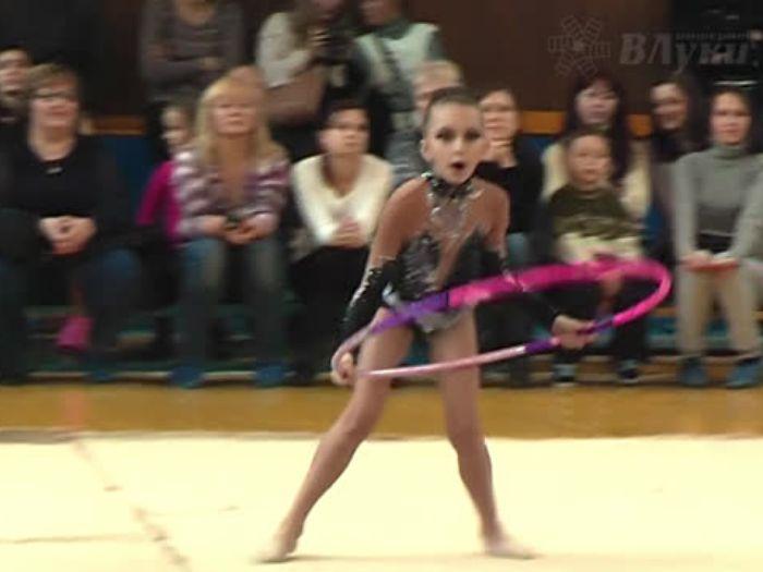 ВЛуки.ру: Первенство города по художественной гимнастике