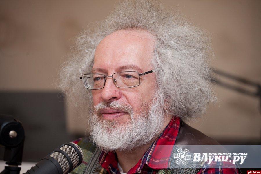 Биография главного редактора эхо москвы алексея бенедиктова