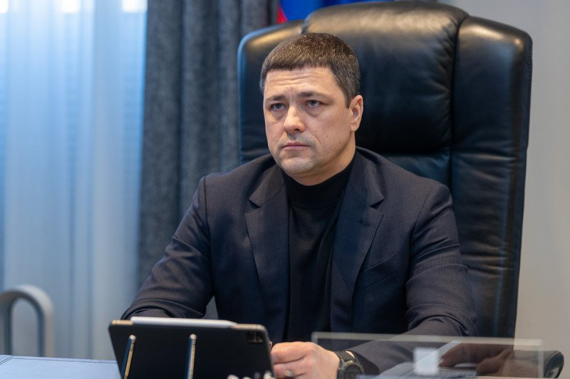 Михаил Ведерников поручил проверить соблюдение противовирусных мер в медучреждениях